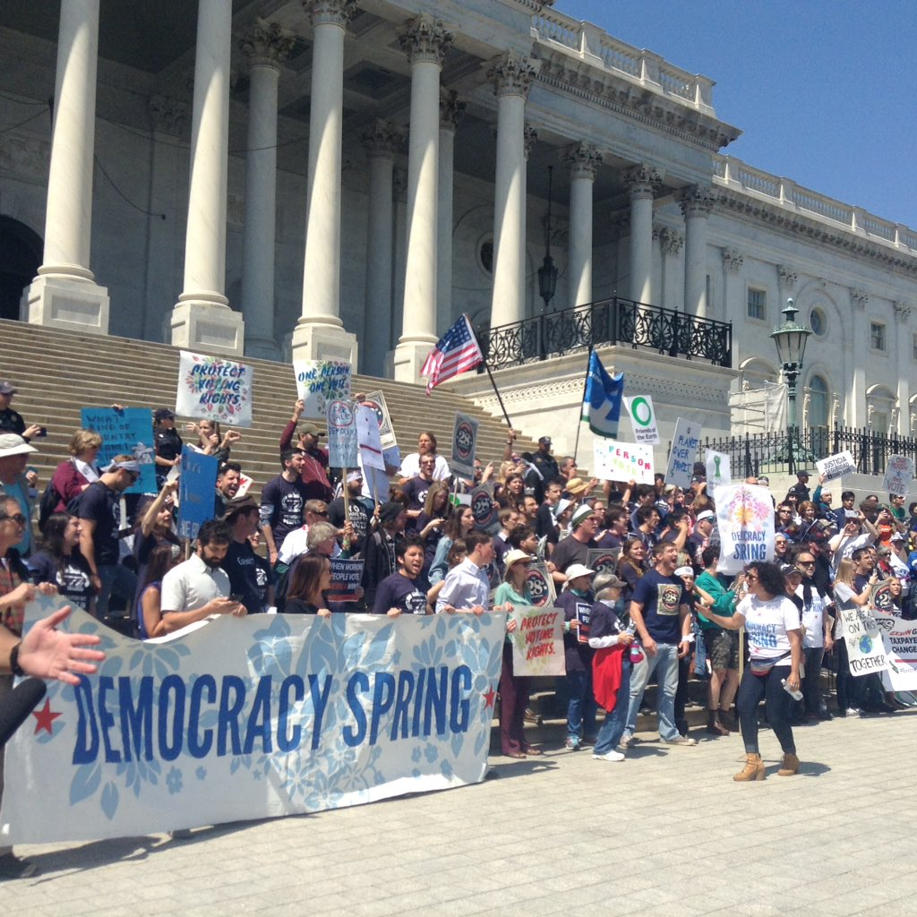 Hundreds are being arrested at the Capitol right now for #climate justice with #DemocracySpring. https://t.co/Q3VVDsDk9n