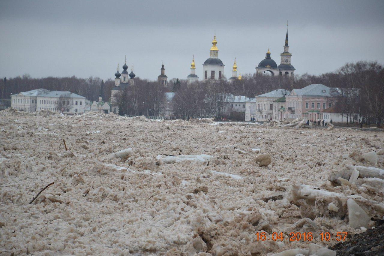 бесплатные наводнение в великом устюге фото для подушки