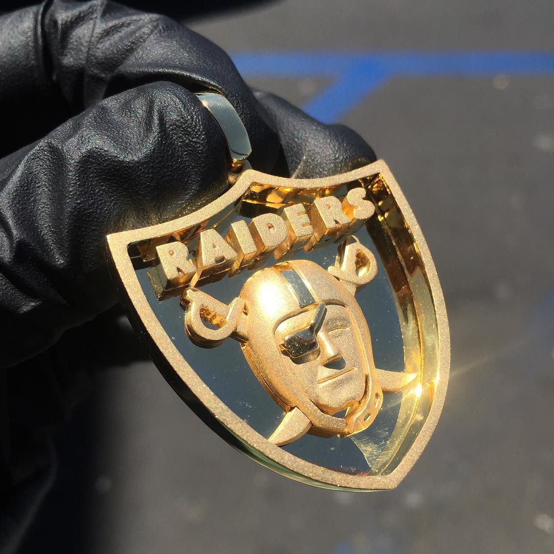 If co on twitter 14kt solid gold oakland raiders pendant if co on twitter 14kt solid gold oakland raiders pendant custom made for a true die hard fan tag a real di httpst1sgnxwvmab aloadofball Images