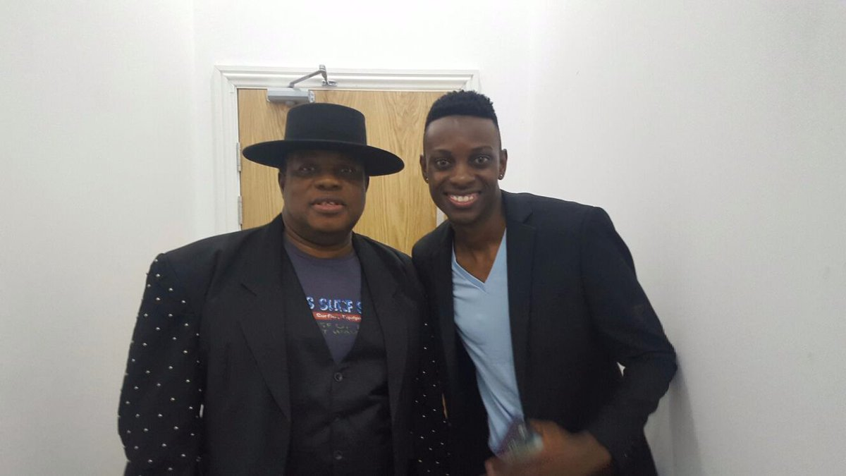 I couldn't keep calm... I mean that's Kanda Bongo Man I'm standing next to... https://t.co/9lJoLbaRDk