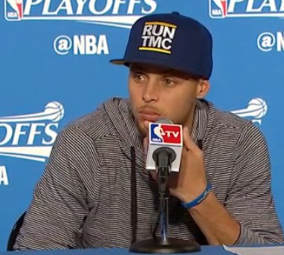 d0b398da953 Run TMC hat worn by Steph today made by  HellaTight ( 50)pic.twitter .com 8vrYftWULc