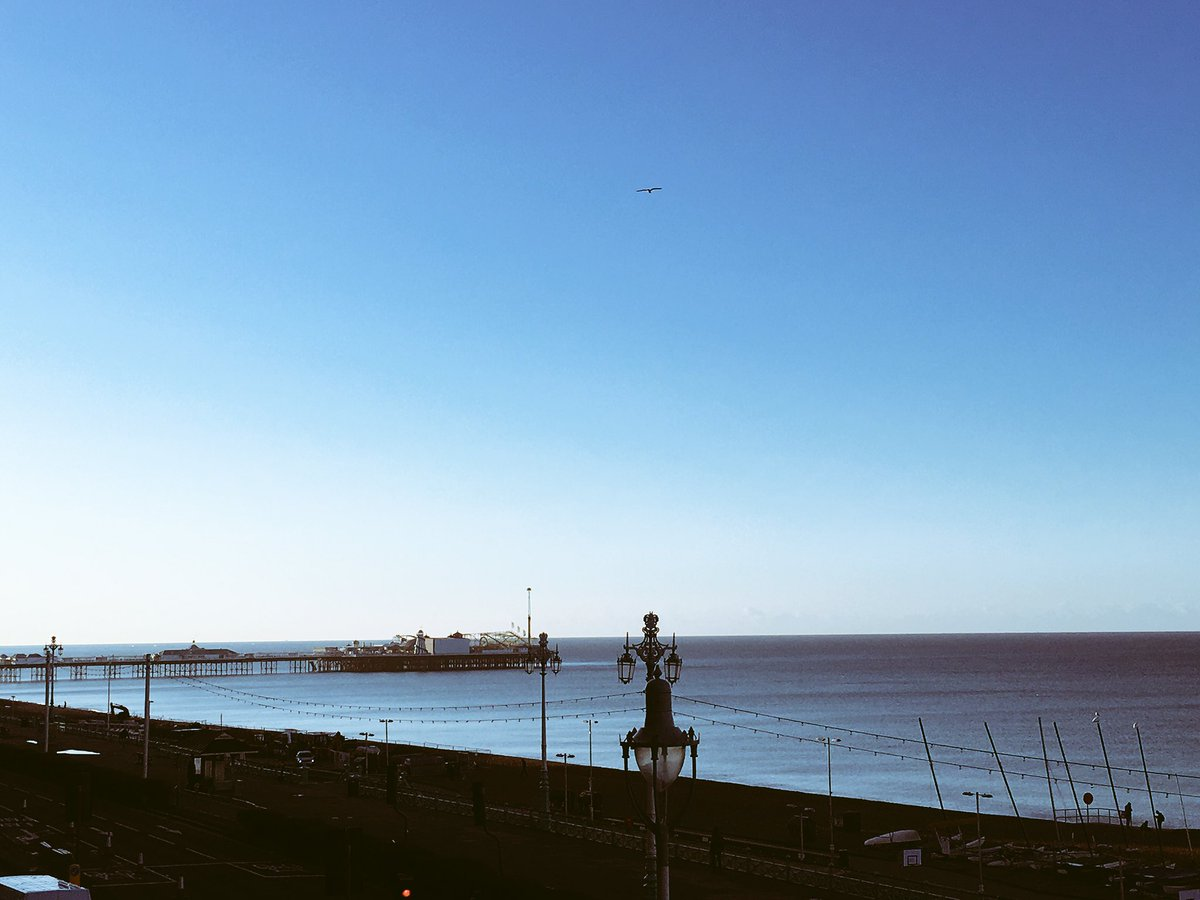 And a special mention to the weather gods this morning! Thank you! #brightonmarathon #brighton #bm10k https://t.co/SRuEe18oOk