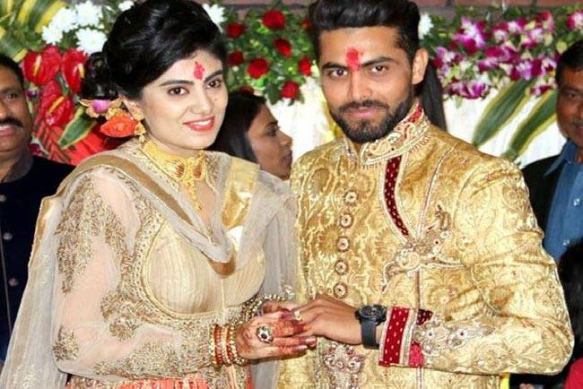 All the warm wishes to @SirJaddu for a happy married life. #JadduKiShaadi 17th April 2016.<br>http://pic.twitter.com/NxhC8zSKVw