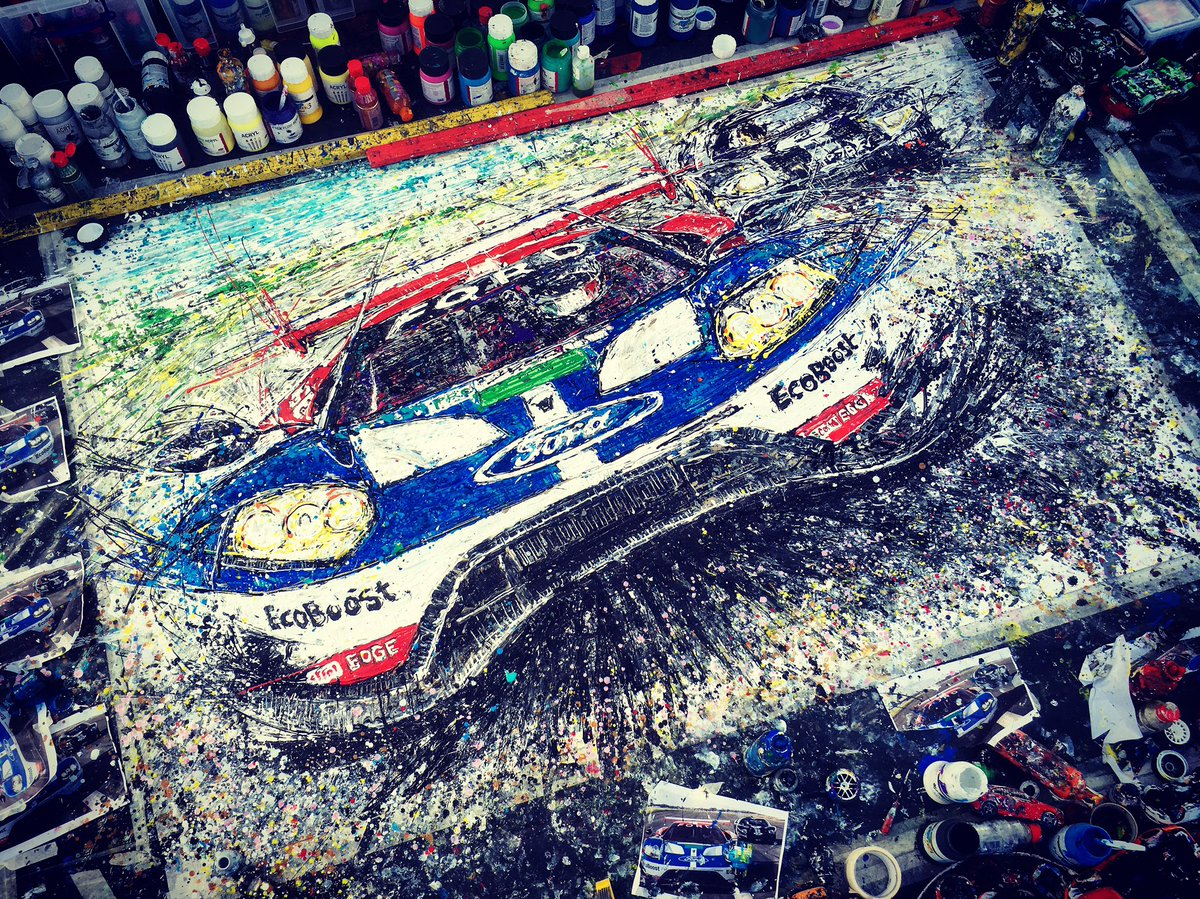 Ta-dah! Here's the finished @Ford GT @popbangcolour artwork created @SilverstoneUK for the @FIAWEC - like it? #WEC https://t.co/rShAWjciA3