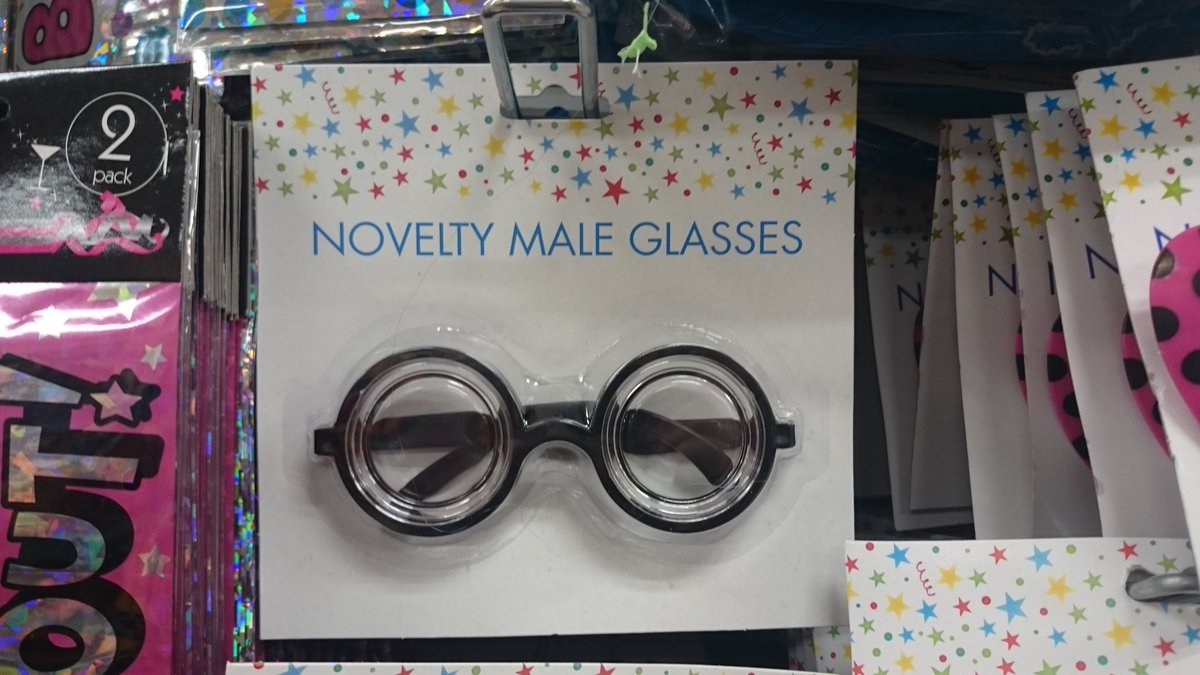 Hey, @Poundland do you have these in 'female', too? @EverydaySexism https://t.co/xkv50C1m47