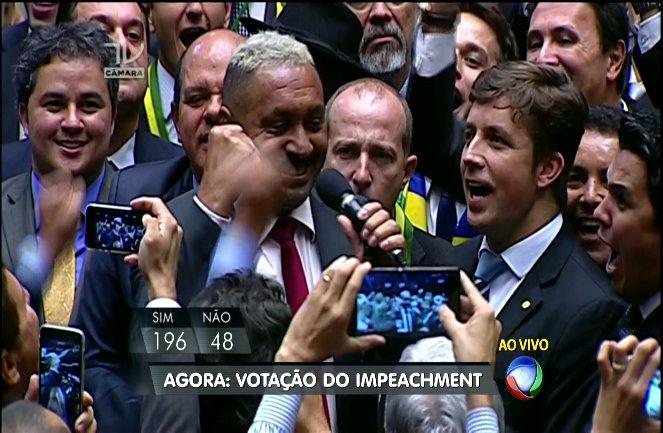 """Pela Florentina de Jesus, meu voto é SIM, ABESTADOOOOOOOO"" - Tirirca - SP #ImpeachmentDay https://t.co/YN89n67gYH"