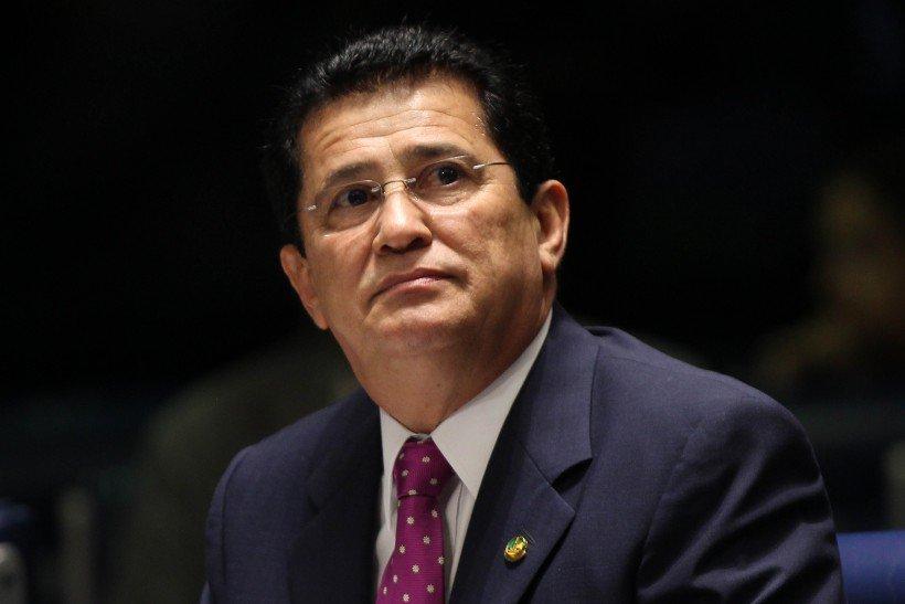Demitido por Dilma por suspeita de corrupção, ex-ministro vota pelo impeachment https://t.co/FnDE0q87et