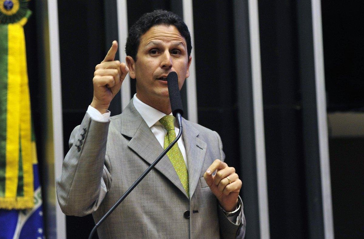 Deputado tucano que deu o voto 342 pelo impeachment aparece em planilha da Odebrecht https://t.co/dvTYPegV7F
