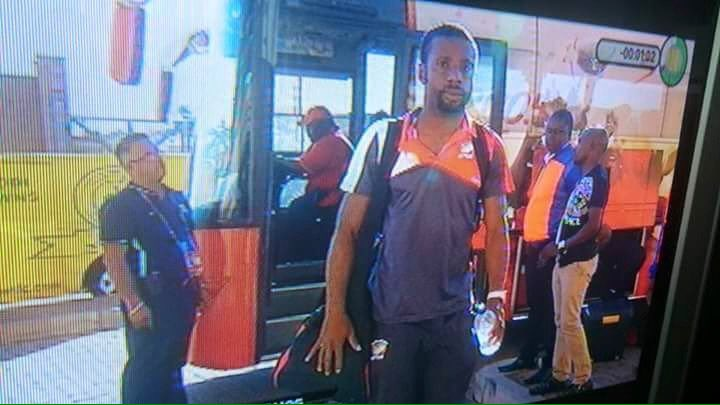 Jomo Sono; Owner Of Team, Coach, Assistant Coach, Kit Manager, Team Doctor And Now Bus Driver! MODEMO! https://t.co/OoYYtVpp8W