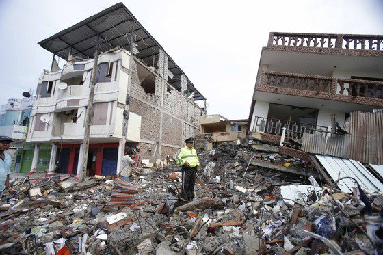 Death toll from a powerful earthquake in Ecuador rises to 238 https://t.co/f9sVU5vIJU | https://t.co/N2g4osvDg2 https://t.co/u2KmX2aeAP