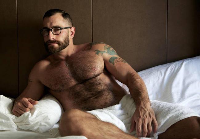 from Alonso i am a gay bear