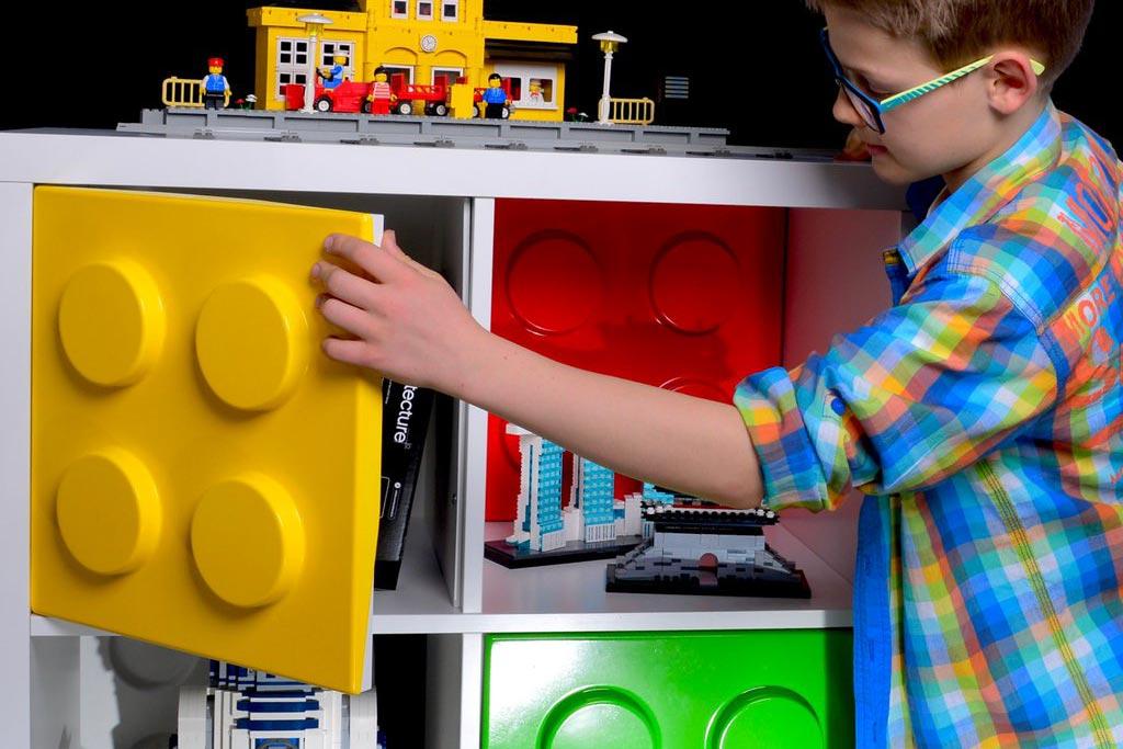 Zusammengebaut On Twitter Brick Turen Furs Kallax Ikea