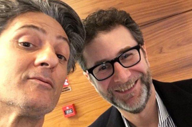 Fiorello a Rischiatutto in diretta streaming, omaggio a Mike Bongiorno