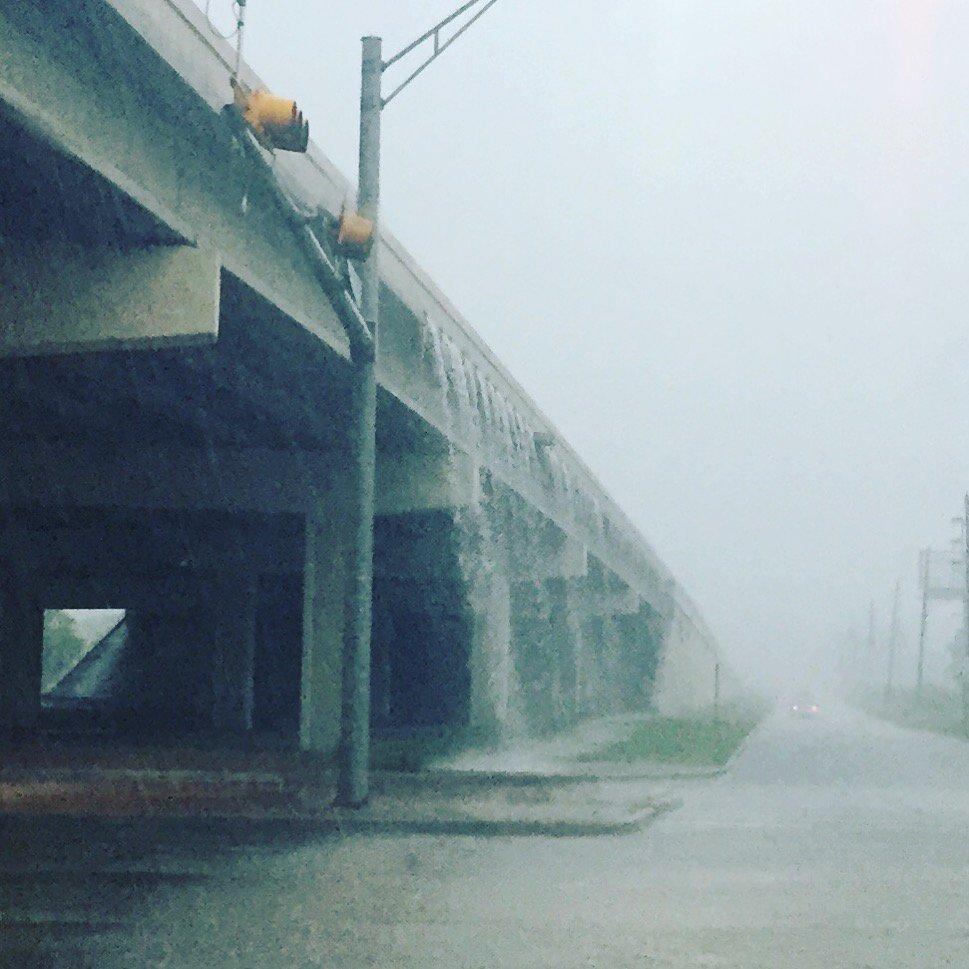 Urban waterfalls. #houstonflood https://t.co/ScedyDKQXV