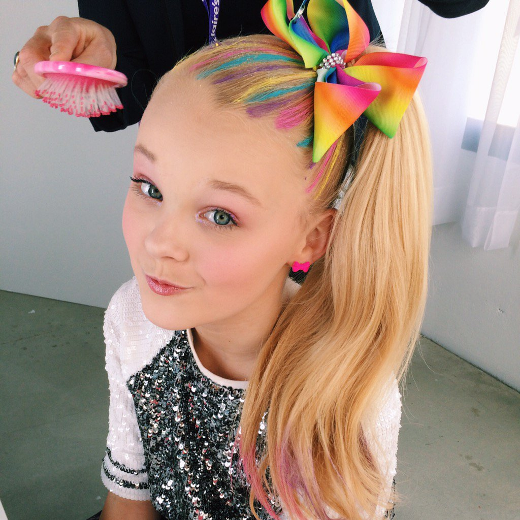 Itsjojosiwa Went Hair Chalk Crazy Head To Our Sc