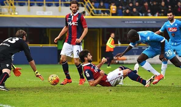 Diretta RojaDirecta: da Napoli-Bologna Streaming a Como-Cagliari Gratis Calcio LIVE Newcastle-Manchester City Oggi in TV