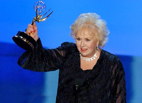 R.I.P. Doris Roberts. Roberts received five Emmy Awards and a Screen Actors Guild award. She was 90 years old. https://t.co/0SRKtGxddy