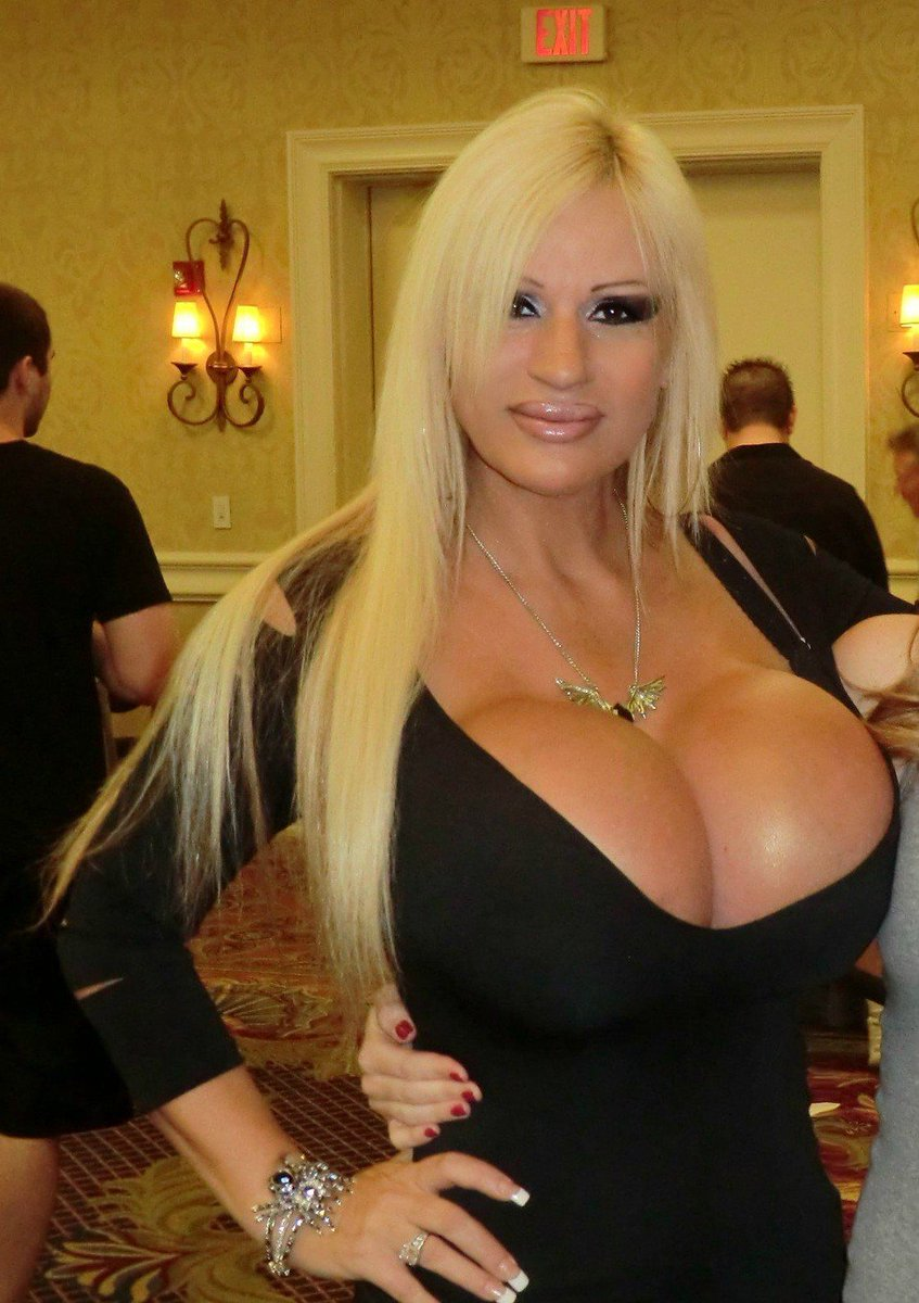 Goddess Shemale Blond Barbie 57