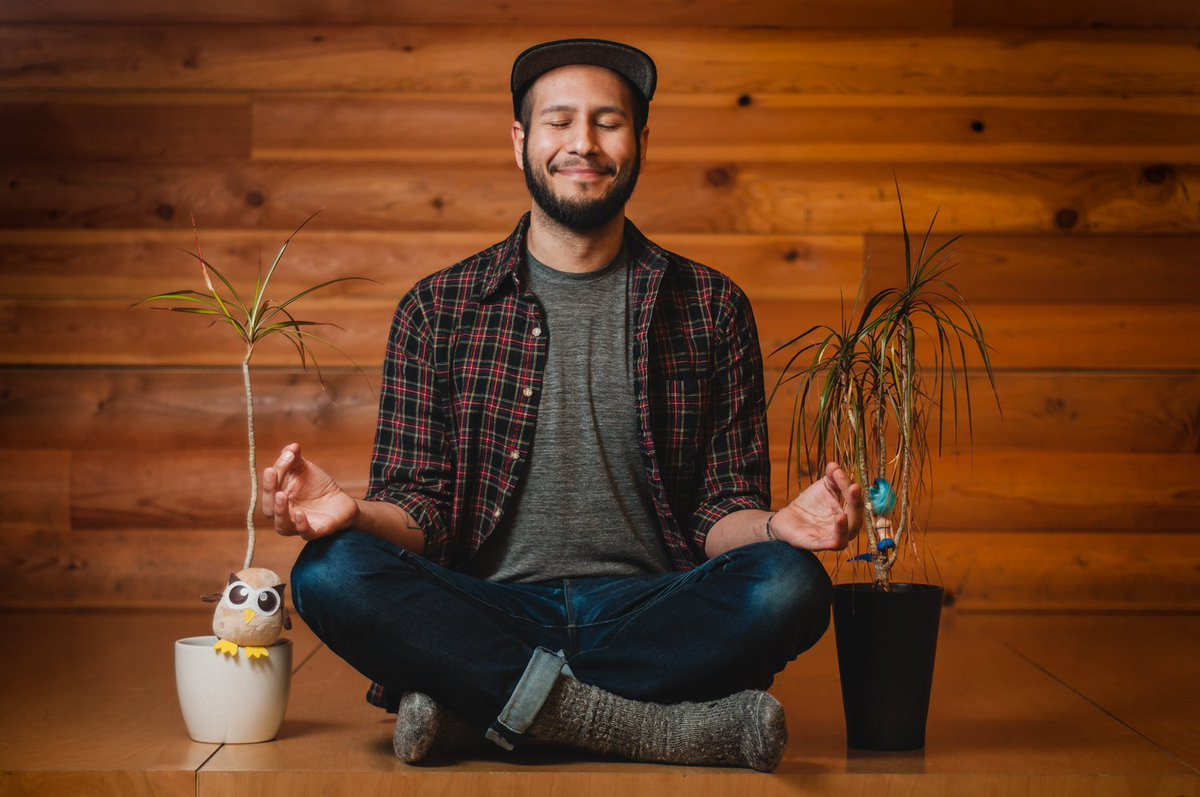 Meet a #SupportFort owl: Brandden likes to take a moment out of his workday to zen out and recharge with Owly. https://t.co/ET00HFWBpR