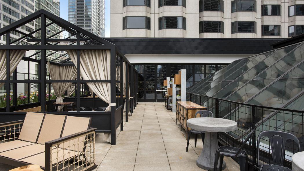 Eater Chicago On Twitter Scope Out The Menu Views From Raised Chicago S Newest Rooftop Lounge Https T Co Pfkvboqntu