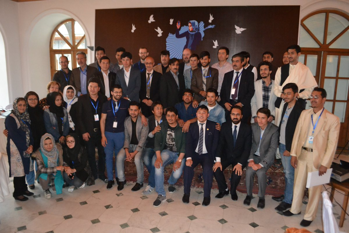 #PTXKabul group photo after a  success week of tech for accountability @PeaceTechLab @ImpassionAf #Kabul https://t.co/rnxj3ewGZm