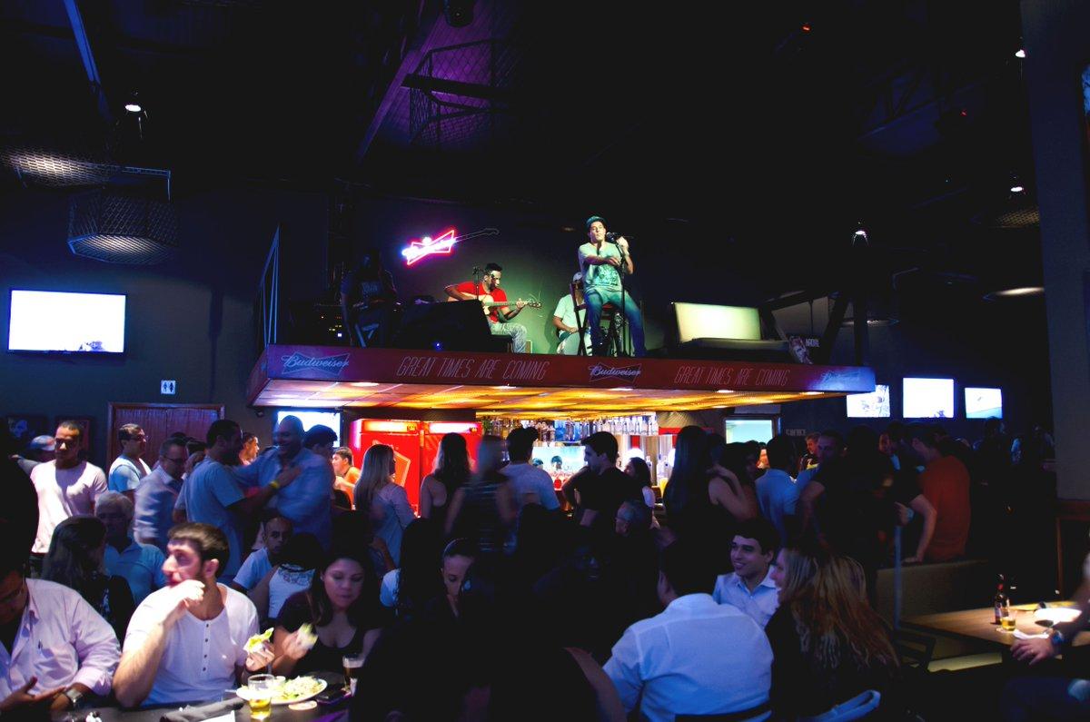 Amanhã, o melhor do poprock nacional,em versões exclusivas,no Arena Sport Bar.To de volta!!! #poprock80 #showpic.twitter.com/vRbAEybETO