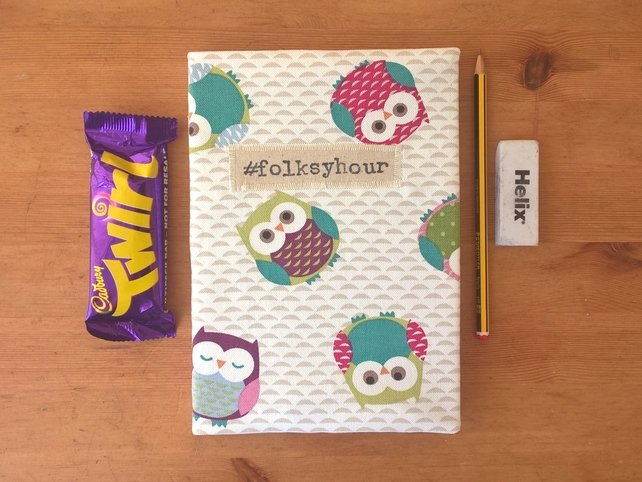 All set @folksy for some good advice in #folksyhour tonight at 8pm - just hope the chocolate lasts until then! ;) https://t.co/FsUKj9W0Zb