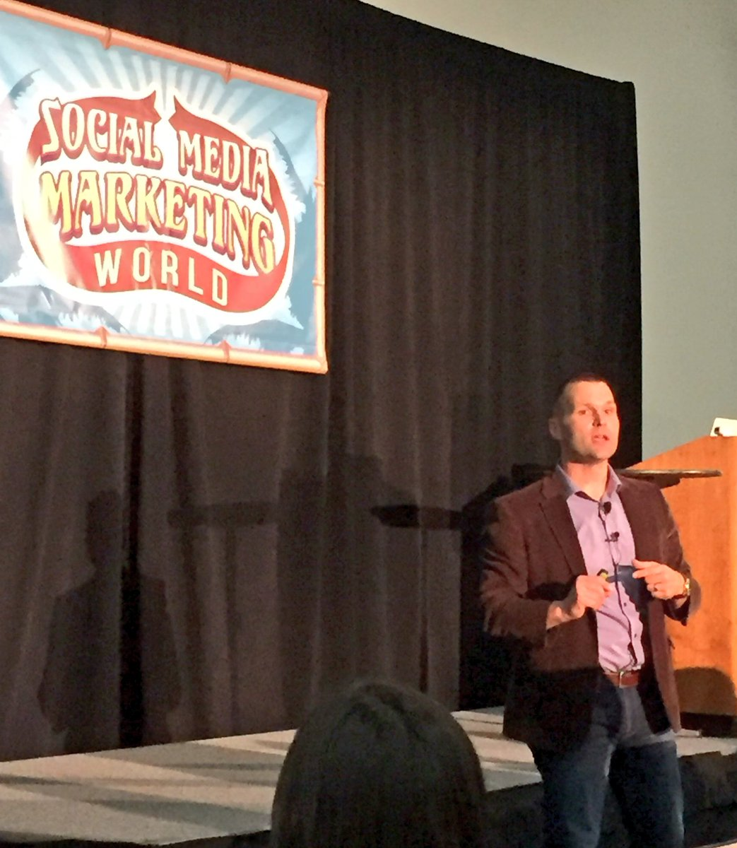 ROAR!!! @TheSalesLion presents 7 Qualities of Outrageously Successful Companies Using #ContentMarketing #smmw16 https://t.co/sgo1XV6hSY