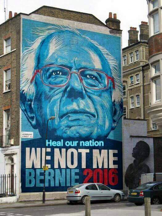 Bernie painting in London #FeelTheBern #MI4Bernie #London4Bernie #NotMeUs #StillSanders #NeverHillary #VoteTogether https://t.co/wirQYUV0Dd