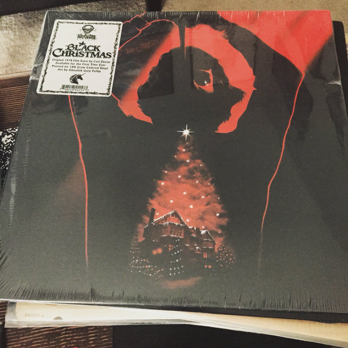 Black Christmas soundtrack on #vinyl Check out my vinyl finds 4 the week https://t.co/KhYKeGGpyp #horror #soundtrack https://t.co/rmIvzYTWR4