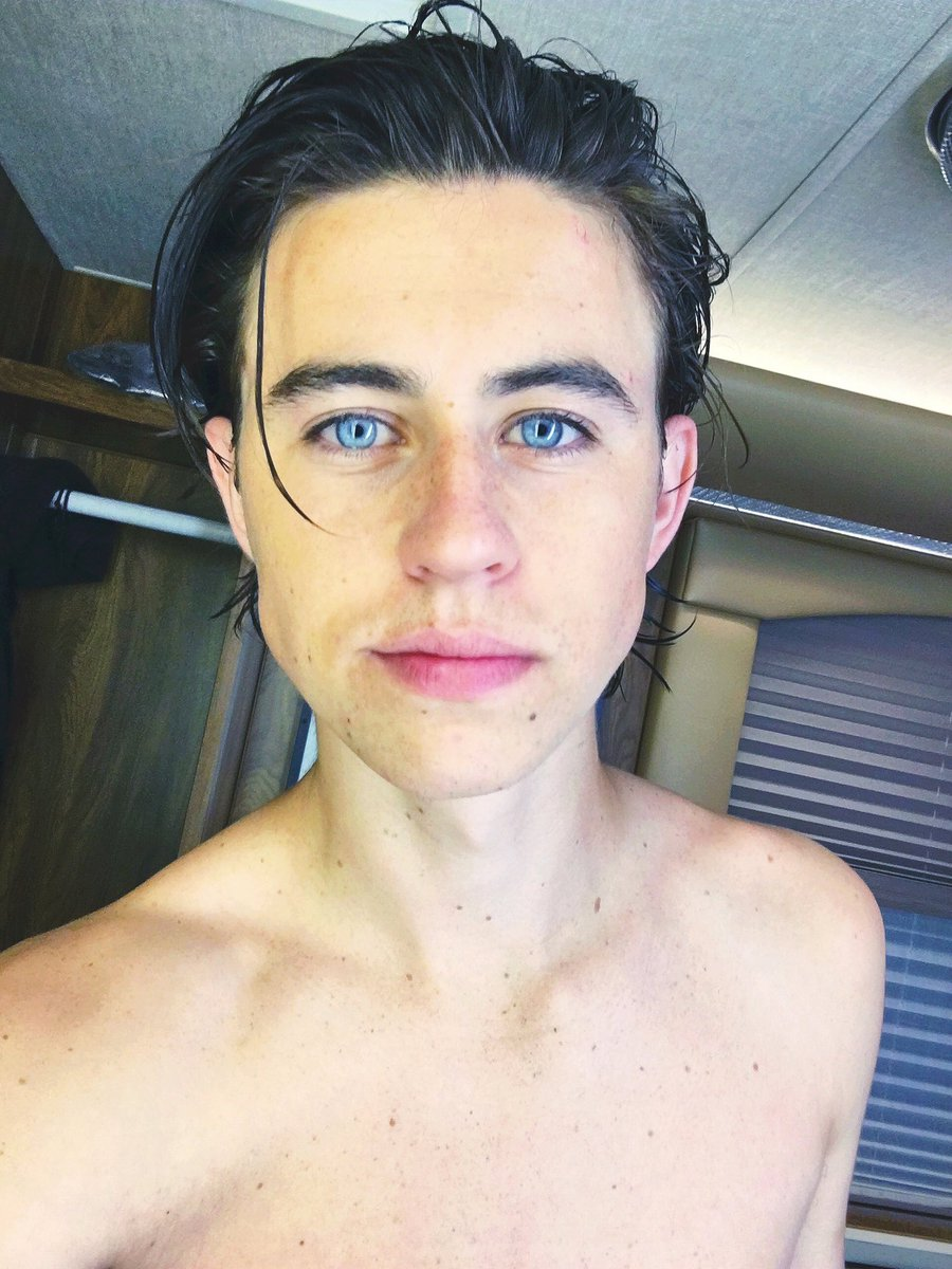 Nash Grier On Twitter First Day On Set Was A Success Lol I Just
