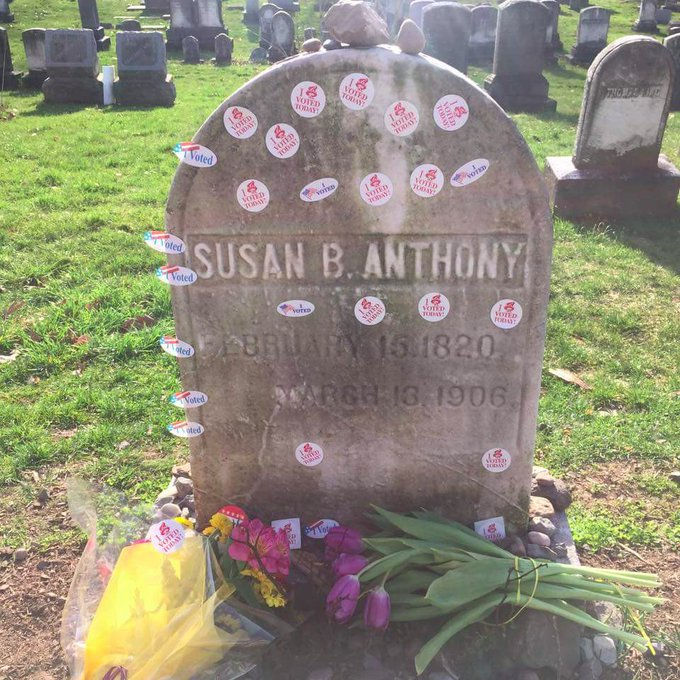 """People put their """"I Voted"""" stickers on Susan B. Anthony's grave today.   What an image: https://t.co/PXrLA0BxCi"""