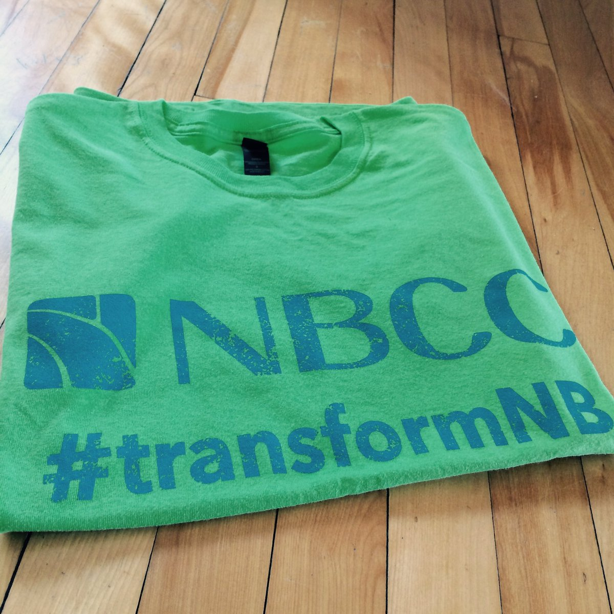 It's time to #transformNB! NBCC students & staff are painting the province green today with #volunteer activities. https://t.co/VWsfqXjdfZ