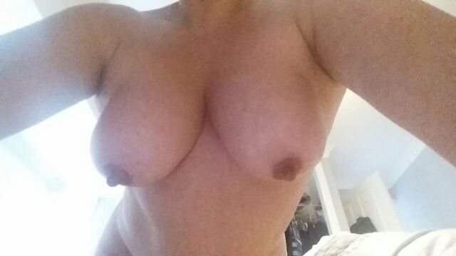 Nude Selfie 5019