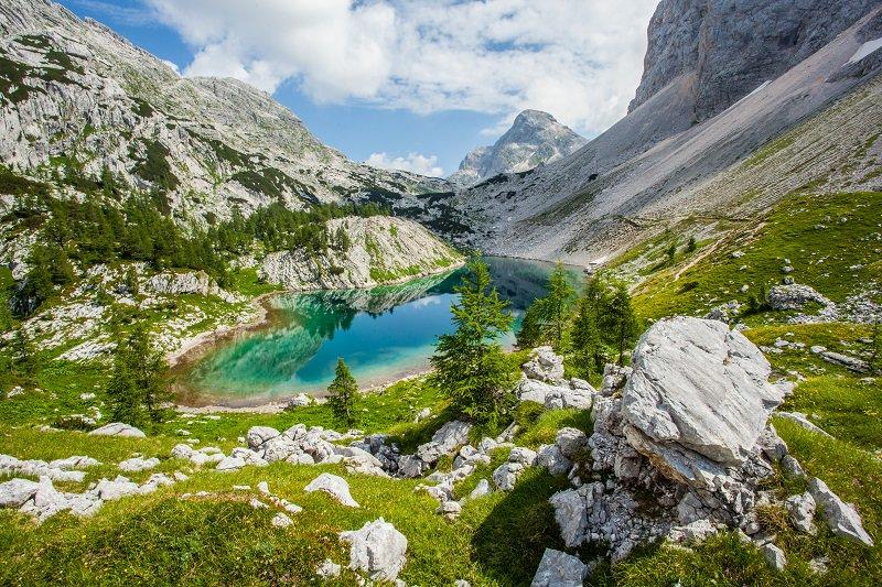 Triglav national park is a must see https://t.co/GhZqbqKJ45 #radiobattleSI #ifeelsLOVEnia