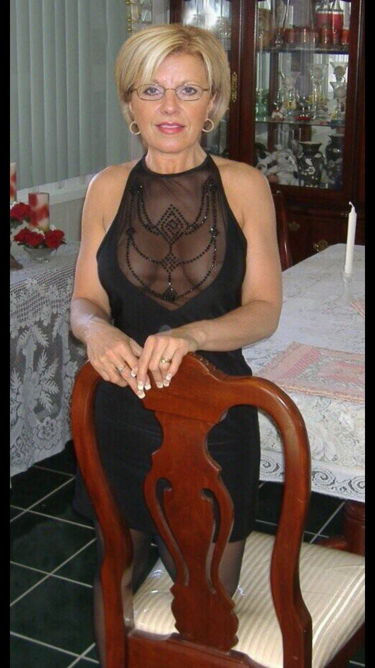 st helens mature women dating site Meet st helens cougars  hook up with a horny cougar tonight sexy & mature women desperate for a shag - or -  dogging with mature sluts free cougar dating site.