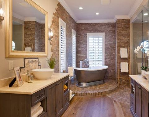 What's the most important feature of your dream bathroom? A Beasley & Henley Interior Design in #Naples, FL. https://t.co/dximBzdABc