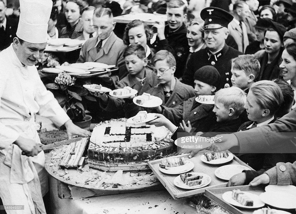 Fantastic Schizozombi3 On Twitter Happy Birthday Meine Fuhrer Adolf Funny Birthday Cards Online Inifofree Goldxyz