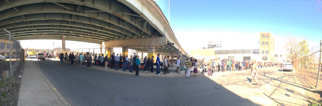 I am covering the @HillaryClinton rally in Philadelphia today, and here is a glimpse of the line waiting to get in. https://t.co/FU79z78LTf