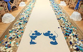 We're the only licensee for Disney themed runners; which character would you have on our runner? #wedding #bride https://t.co/dmEPk78WFx