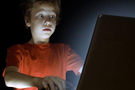 Buat Para Orang Tua: Waspadalah, Pornografi Pada Anak - AnekaNews.net