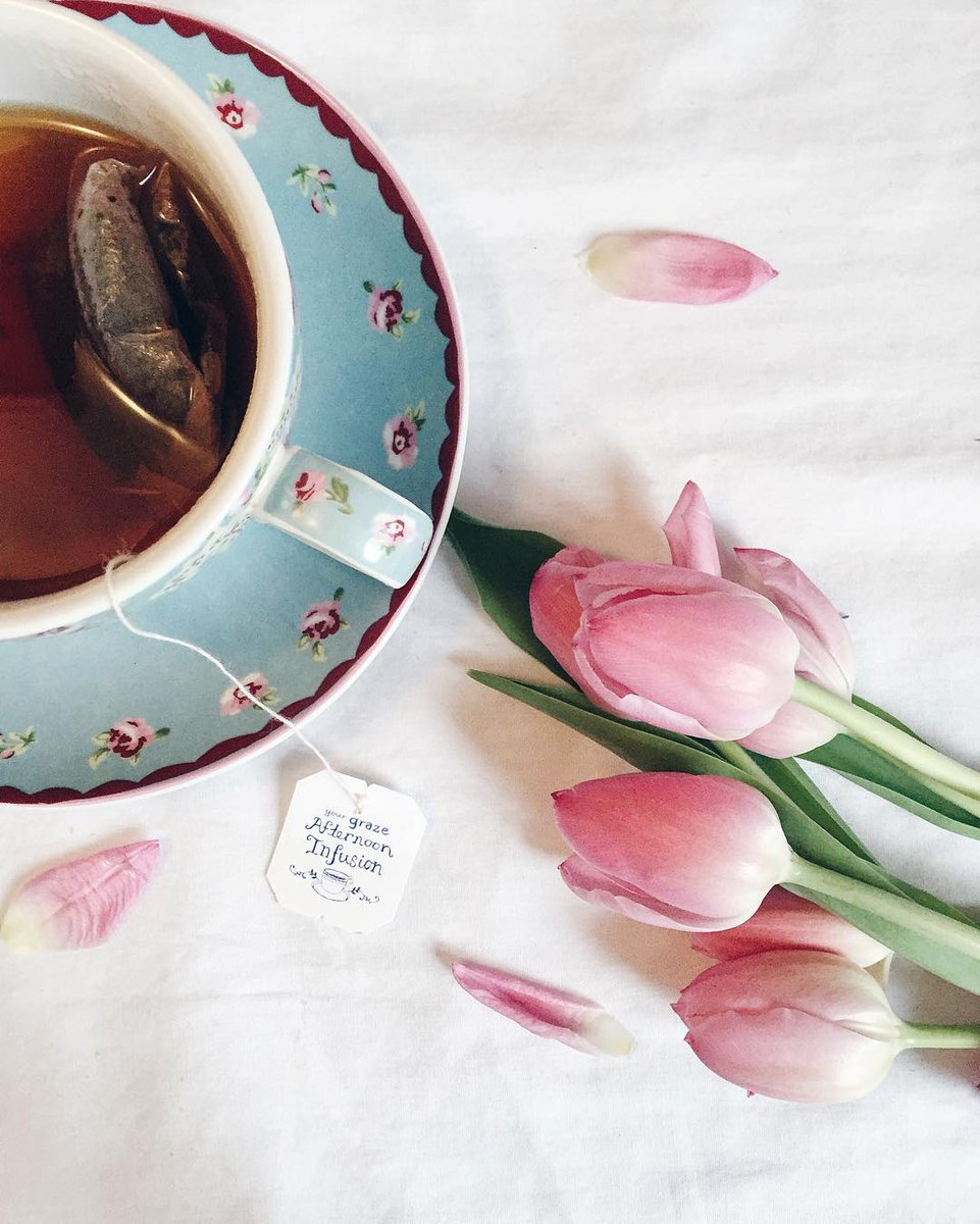 The Queen's birthday and #NationalTeaDay on the same day! The sheer Britishness! #HappyBirthdayYourMajesty
