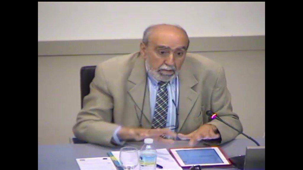 El profesor Francisco Martínez presidente de @_edutec_ moderando Mesa Redonda en #citei16sevilla con @citei16 https://t.co/GM74EVDlyV