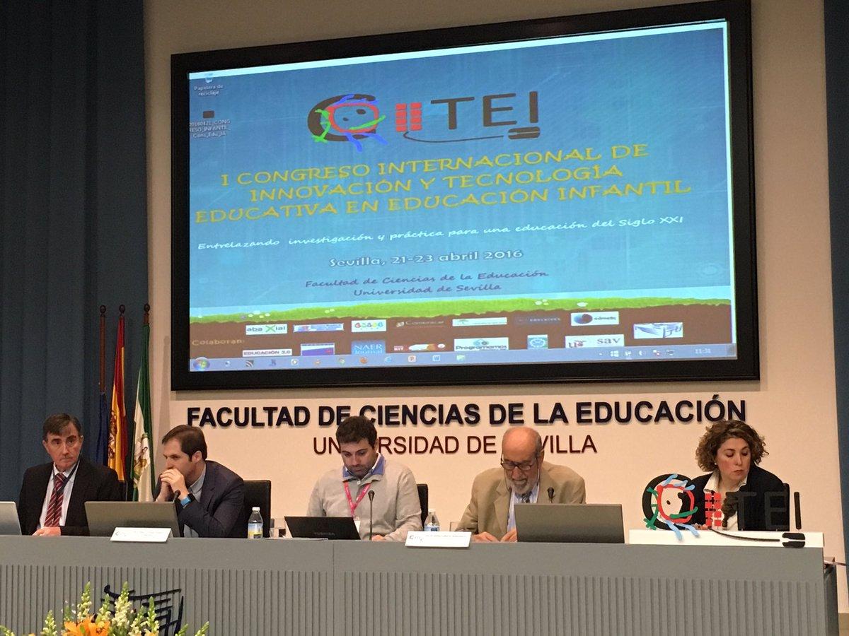 """Comenzamos la mesa redonda """"las TIC en Educación Infantil"""" con @J_MorenoL en #citei16sevilla @citei16 https://t.co/hR0WhOpUHx"""