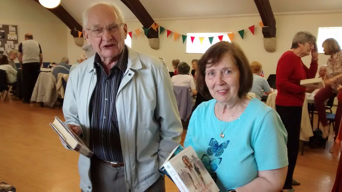 Let the reading begin! @WorldBookNight celebrations in full swing at #Deeside #Oddfellows https://t.co/iweOc2iZk5