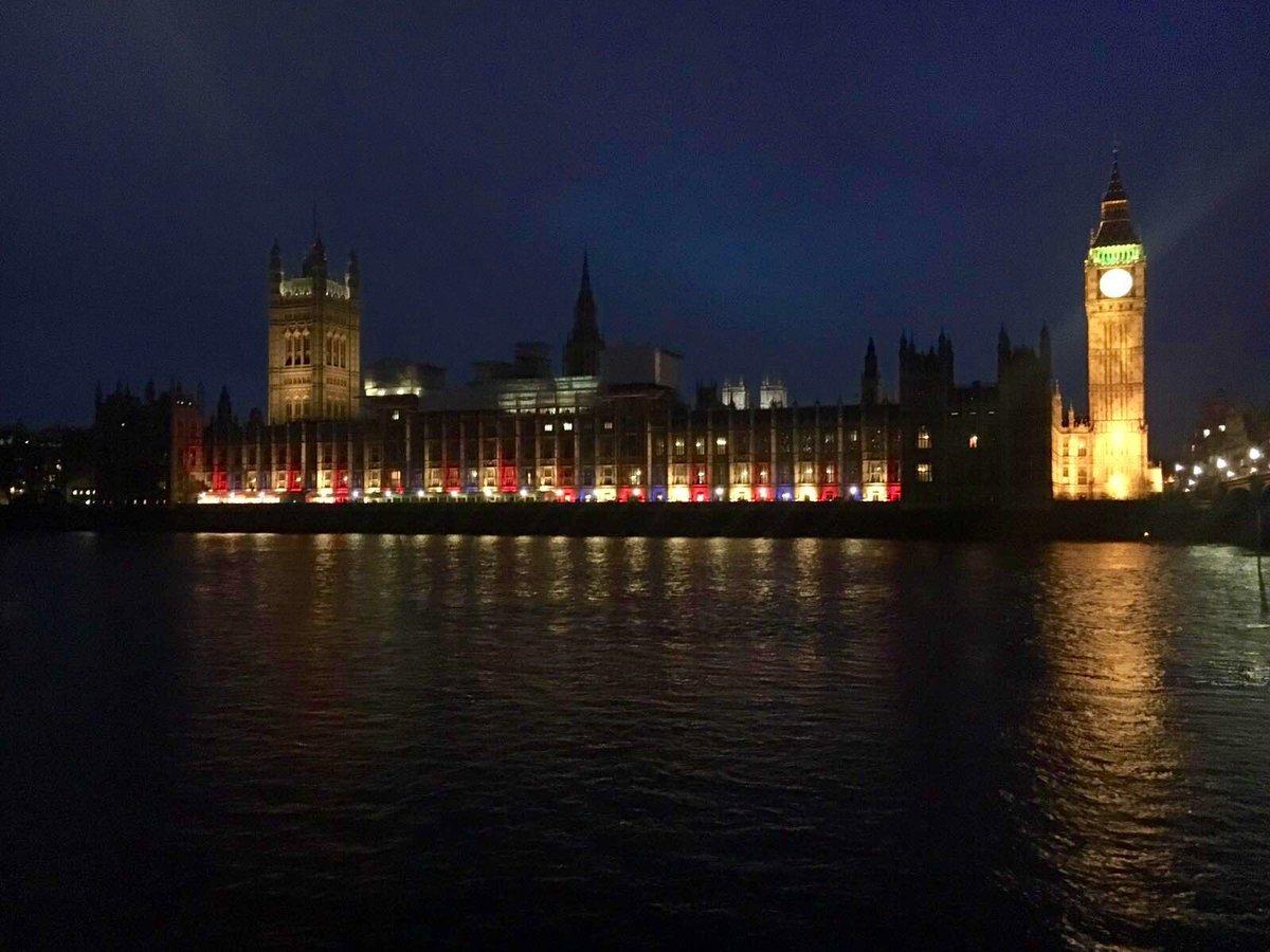 #HappyBirthdayYourMajesty. Parliament illuminated for #Queenat90 https://t.co/q0G8vu4Se6
