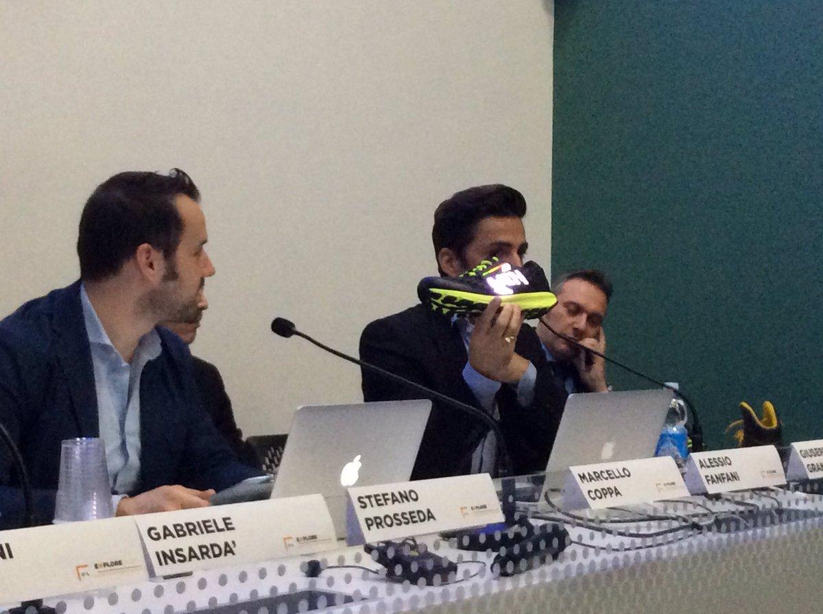 #XTextreme: la scarpa con #GPS #sonar integrati realizzata in collaborazione tra @vibram  e @lenovo https://t.co/jI562NTC77