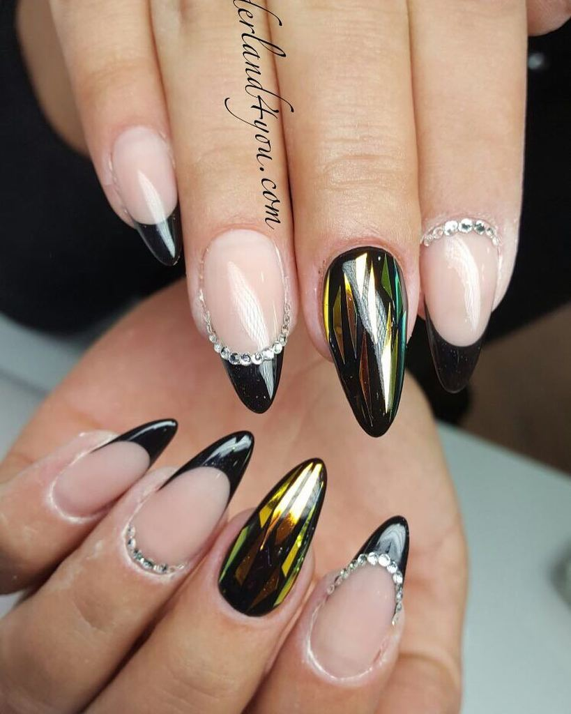 Nail Artsy Fartsy On Twitter Wonderland Nails London
