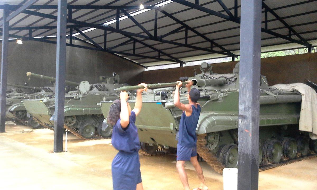 BMP-3 Vehículo militar de Infantería - Página 3 CgltOJmWgAAKYQa