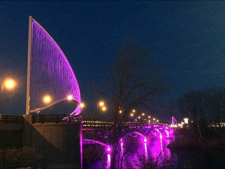 #Worcester #Shrewsbury tonight: #BurnsBridge. #PrinceRIP https://t.co/KklJJFhKvJ